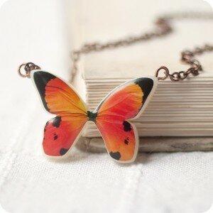 Кулон Персиковая бабочка